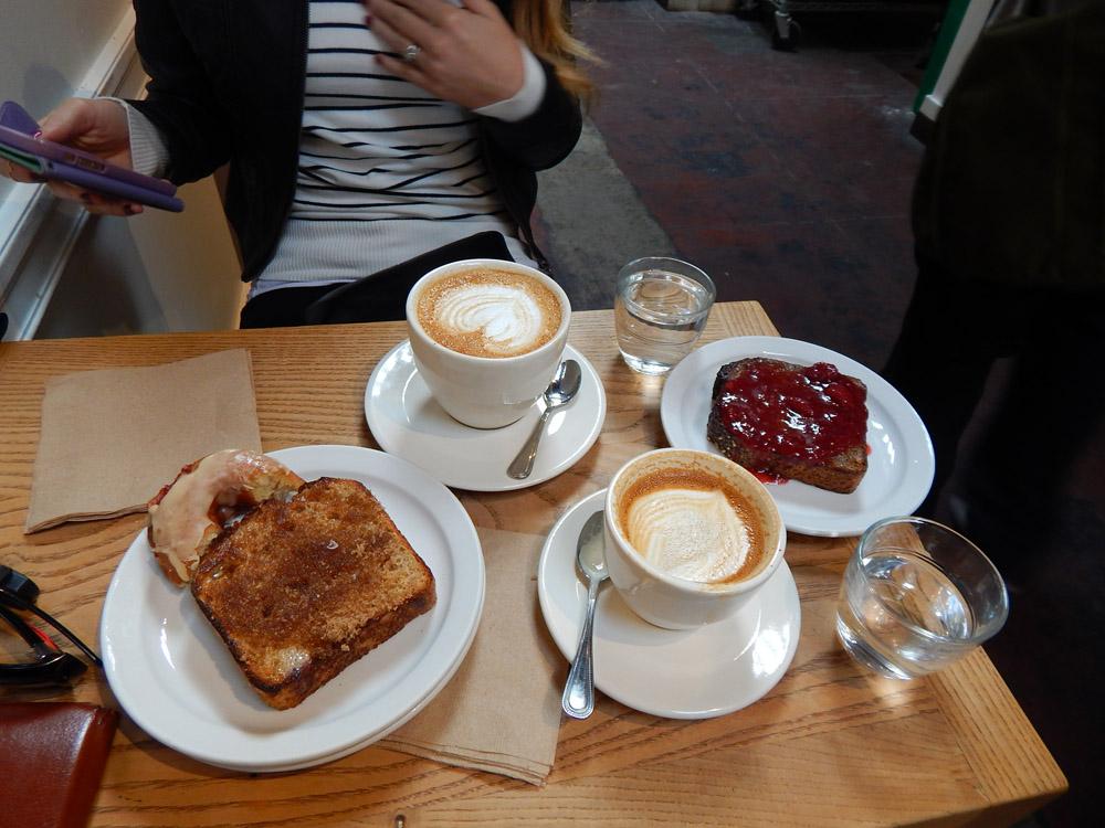 TheMill-breakfast-table