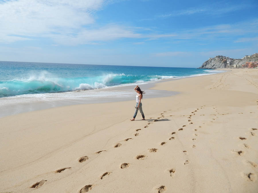 Lacey-Beach-Cabo-Waves