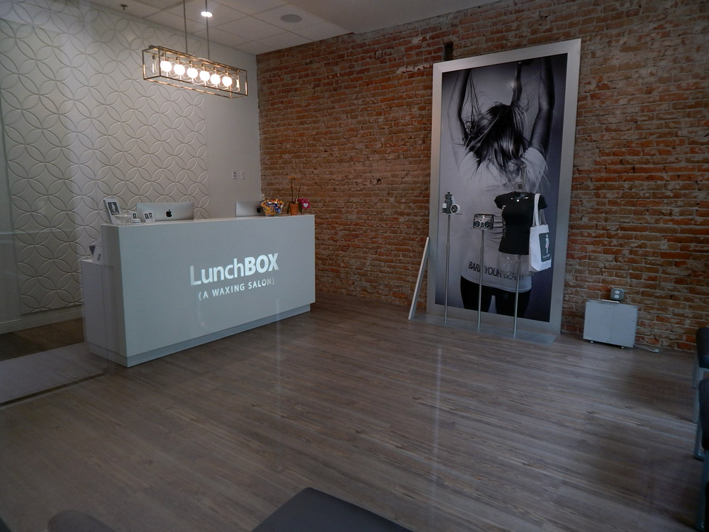LunchBox-front-desk