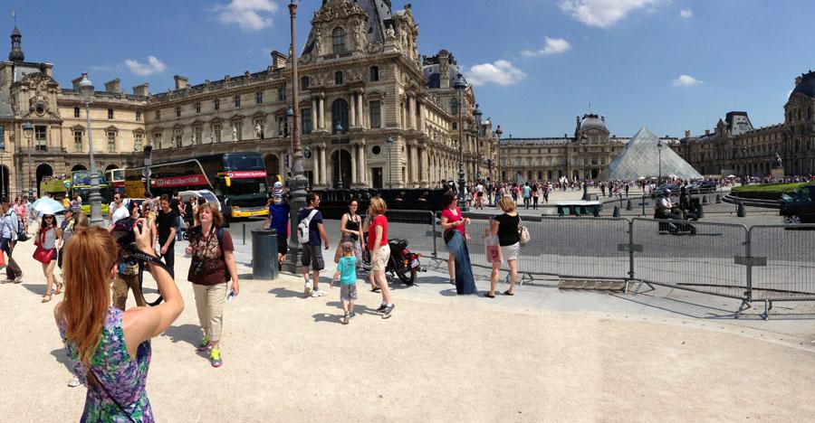 Louvre Paris Bus Stops Travel Prep