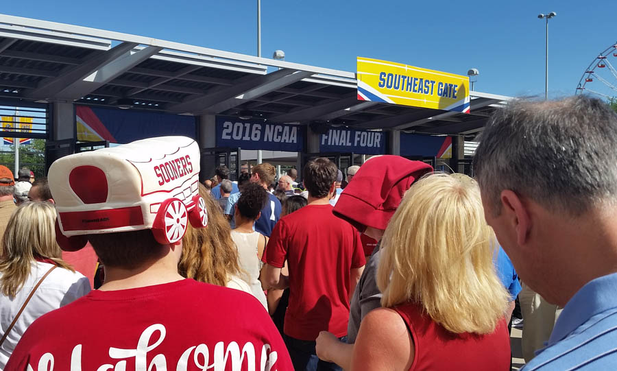 Ticket Line Final Four 2016