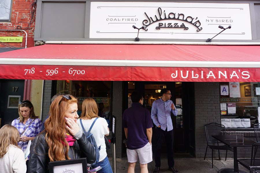 Juliana's Pizza Brooklyn New York